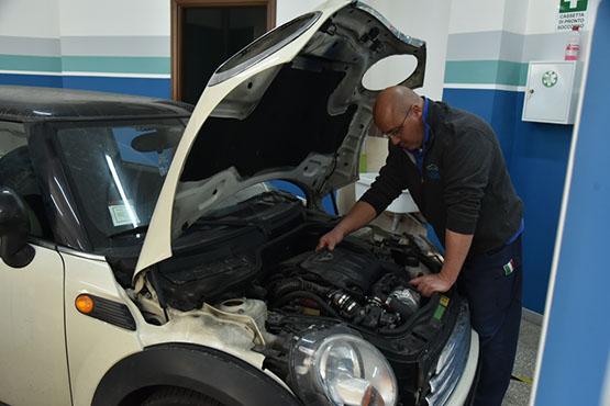 Progetto Auto fotoRevisione Auto e Moto